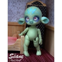 Sëane tiny BJD- Green Skin avec makeup