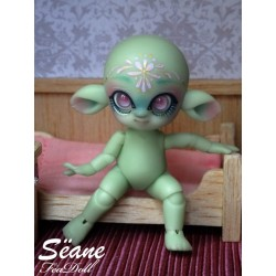 Sëane - Green Skin with makeup